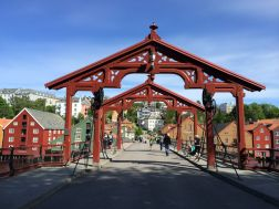 Holzbrücke Bybrua