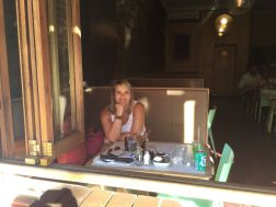 Anja in der Royale Eatery