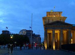 Reichstagsgebäude und Brandenburger Tor