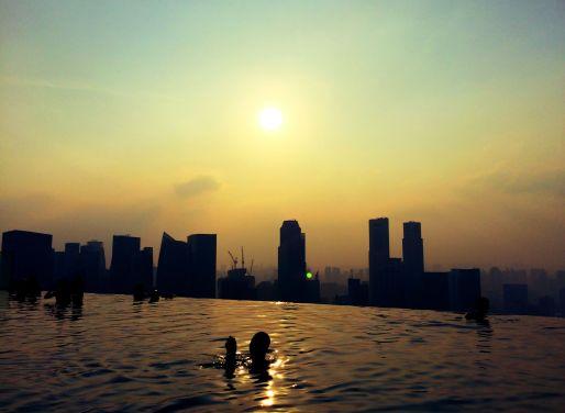 Abendstimmung am Infinity Pool