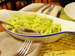 Pasta mit Genova-Pesto