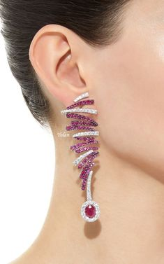 Fashion of Earrings