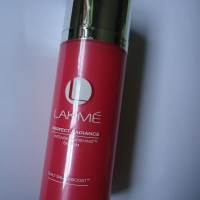 Lakmé Perfect Radiance Intense Whitening Serum and Light Creme Review