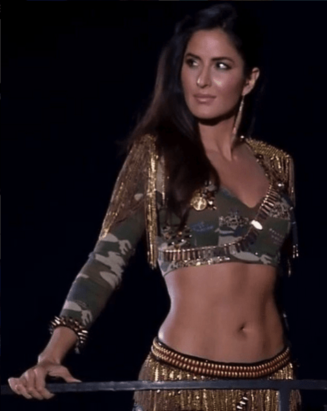 7 Times Katrina Kaif Scorched the Screen With Her Abs