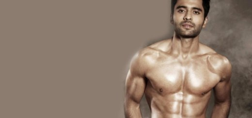 jackky bhagnani showing off his chiseled body - Copy