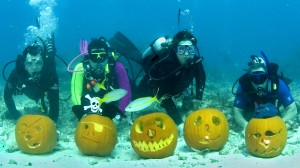 UNDERWATER PUMPKIN CARVING