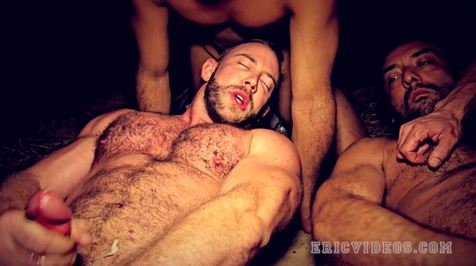hairy-muscle-chest-cumshot
