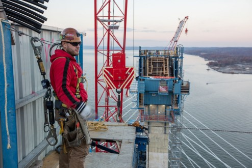 November 16, 2016 - Safety continues to be the number one priority on the project as construction efforts rise more than 400 feet above the Hudson River.