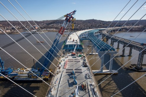 February 4, 2017 - The project team connects the cable-stayed main span to the Westchester approach.