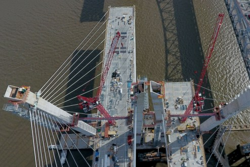 February 27, 2017 - While the main span towers have reached their final height, 419 feet above the Hudson River, crews continue to make finishing touches inside the structures.