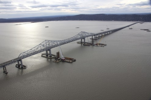 December 2013 - Aerial view of Main Span Work