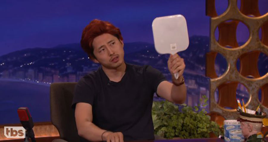 Steven Yeun, dopo The Walking Dead un lavoro per Conan O'Brien? (video)