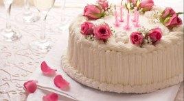 L'Angolo degli Auguri: la nostra redazione festeggia il compleanno di Amalia Cardarelli.