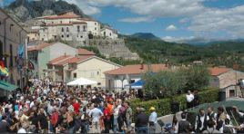 Scapoli: nel fine settimana la 41esima edizione della mostra mercato e festival internazionale della Zampogna.