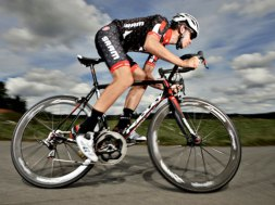 ciclista-evidenza-web