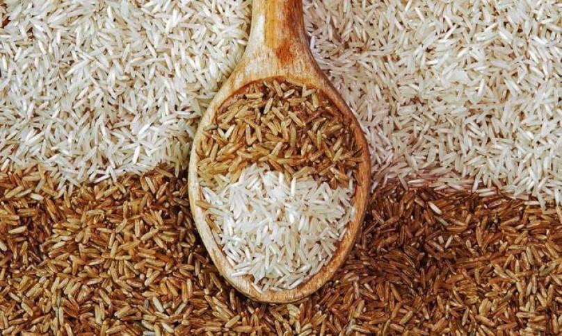 Καστανό ή λευκό ρύζι: Ποιο είναι πιο υγιεινό – Σε τι διαφέρουν