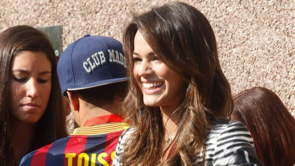 Bruna Marquezine in Barcelona to see Neymar Jr. presentation