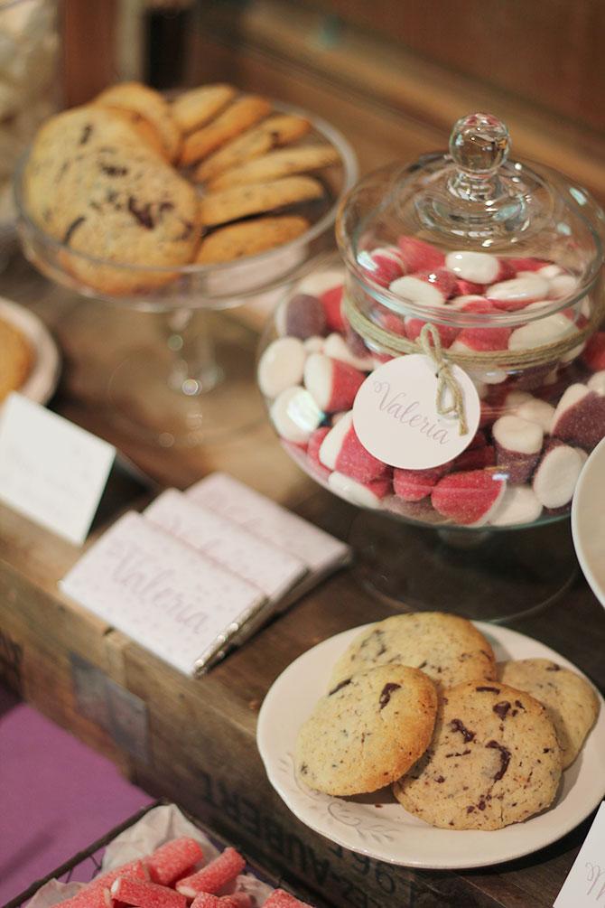Nice Party bautizo flores lila mesa de dulces (7)