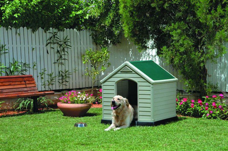 Comment fabriquer une niche pour chien for Niche exterieure pour chien