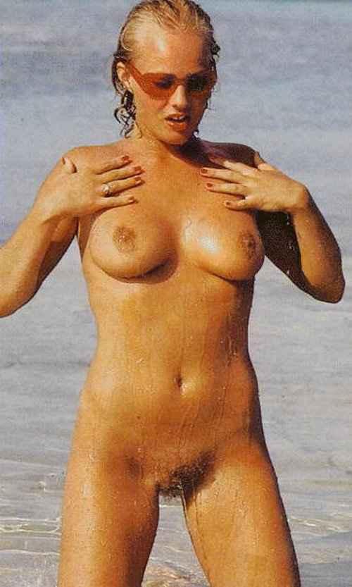 lindsay wagner nude