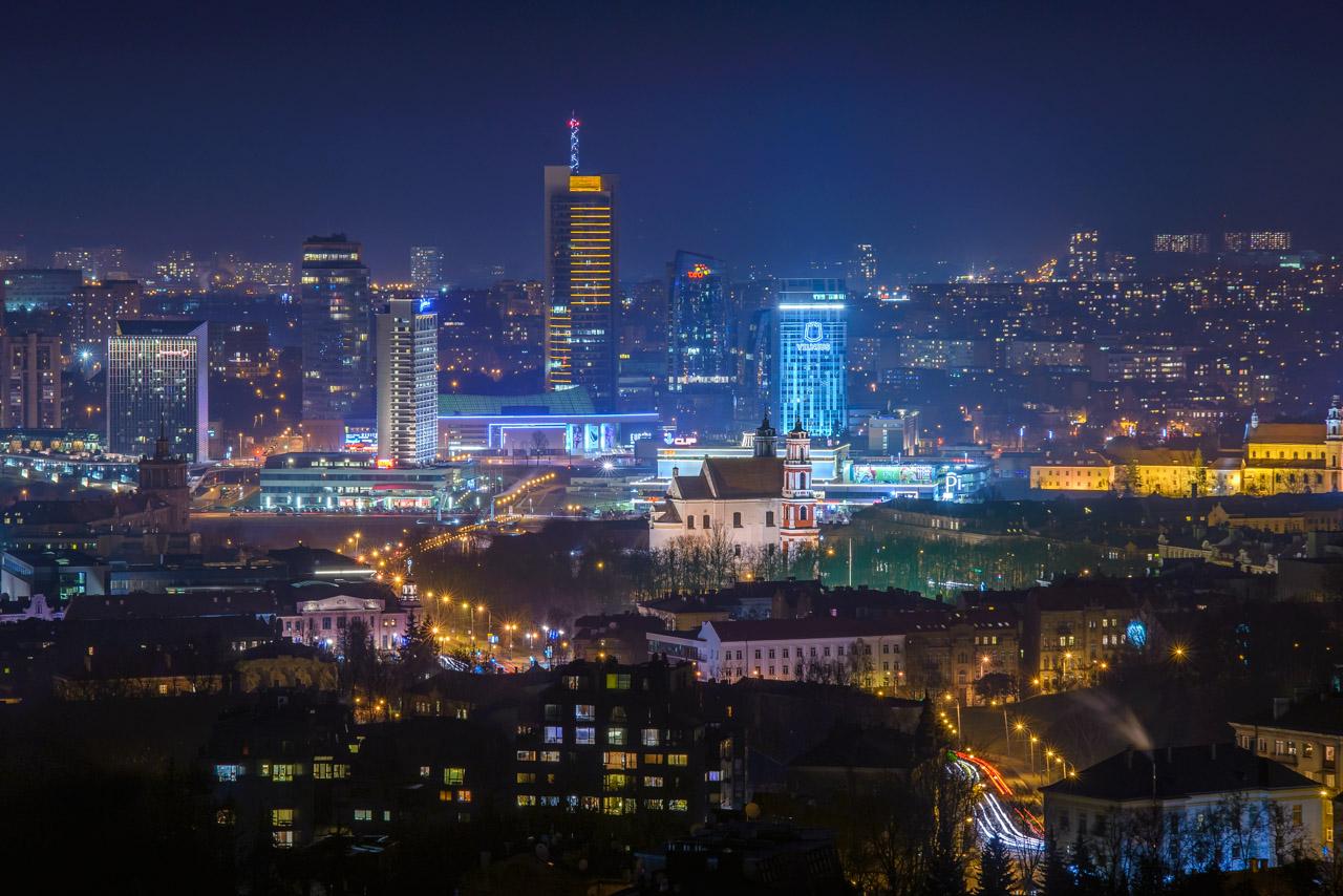 "Naktinis Vilnius nuo ""Helios City"""