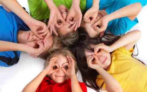 kinderen spelen 480x300 Een interview met Doreen Virtue over (Indigo) Kinderen.