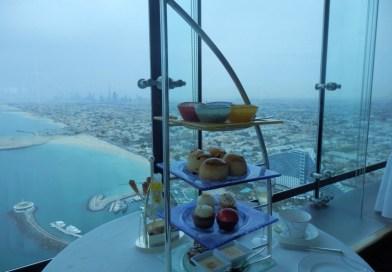 Doen: sky tea in het enige 7-sterren hotel ter wereld