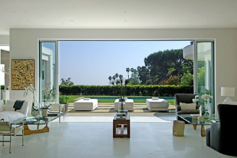 a20090819 1 0712 010s Groucho Marxs home is a bargain at $10.5 million photo