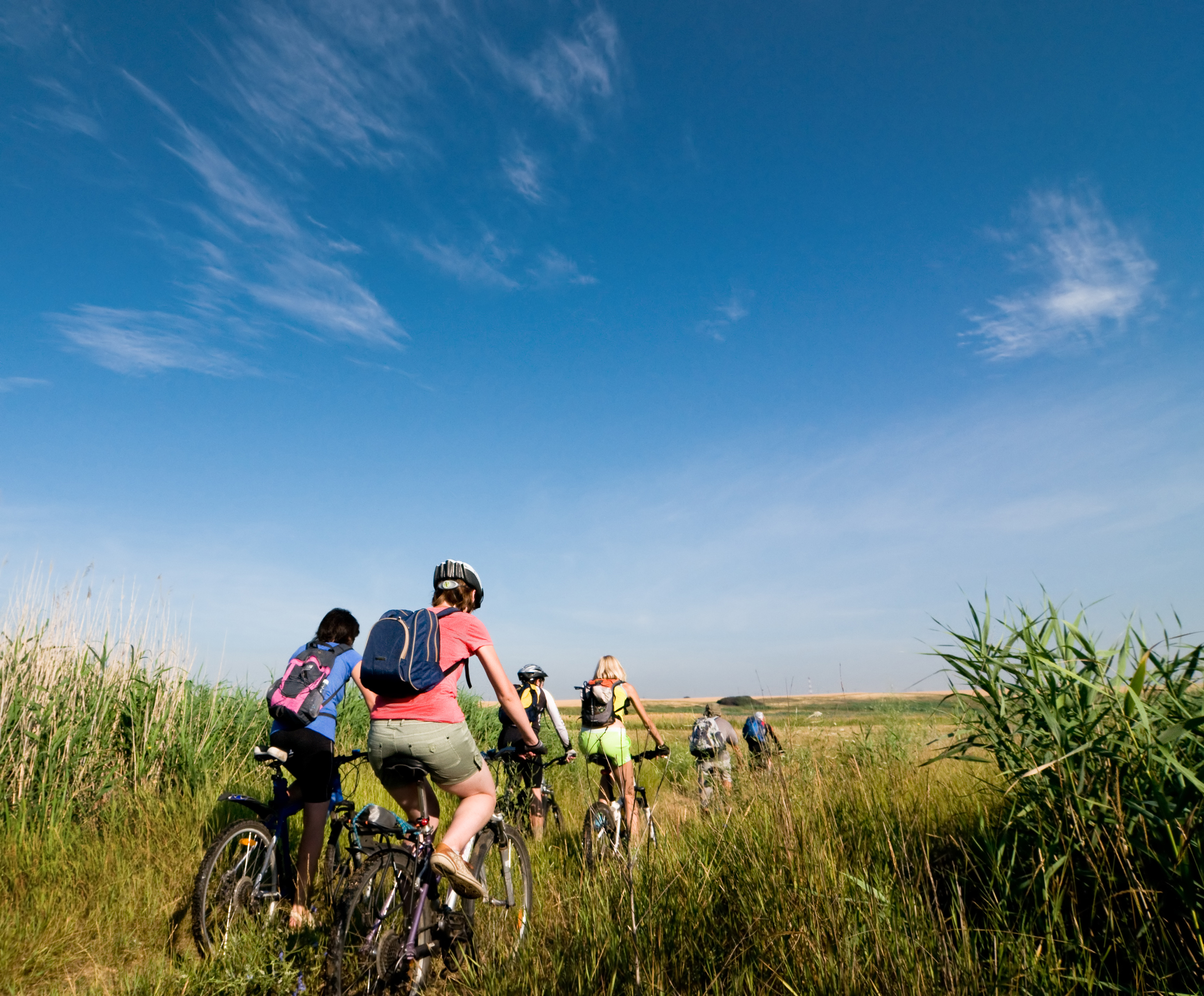 Group-cycling-shutterstock_49966309