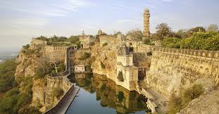 tourist places to visit in Chittorgarh - fort
