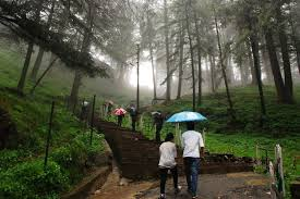 Places to visit in shimla Jakhoo Hills