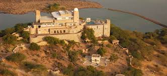 tourist places to visit near Jodhpur - Sardar Samand Lake and Palace