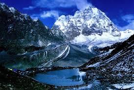 Hadsar in Himachal Pradesh - Manimahesh Lake in winter