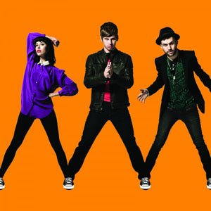 converse-3-artists-1-song-mark-foster-kimbra-a-trak-warrior-rubber-tracks-journeys-600x600