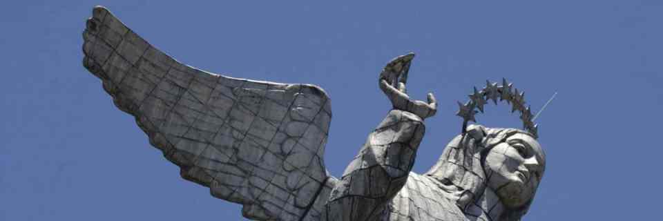 La Virgen del Panecillo