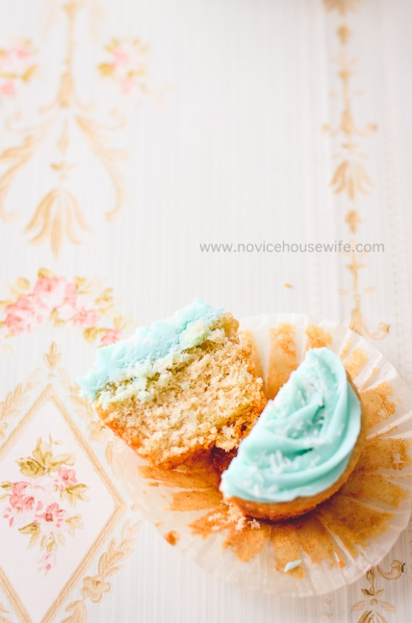 Eggless coconut cupcakes with cream cheese frosting | The Novice Housewife