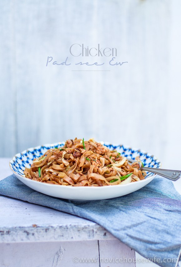 Easy Chicken Pad See Ew recipe | The Novice Housewife #glutenfree