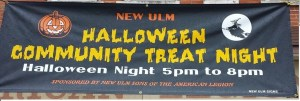 halloween-sign-in-front-of-post-132-oct-2015
