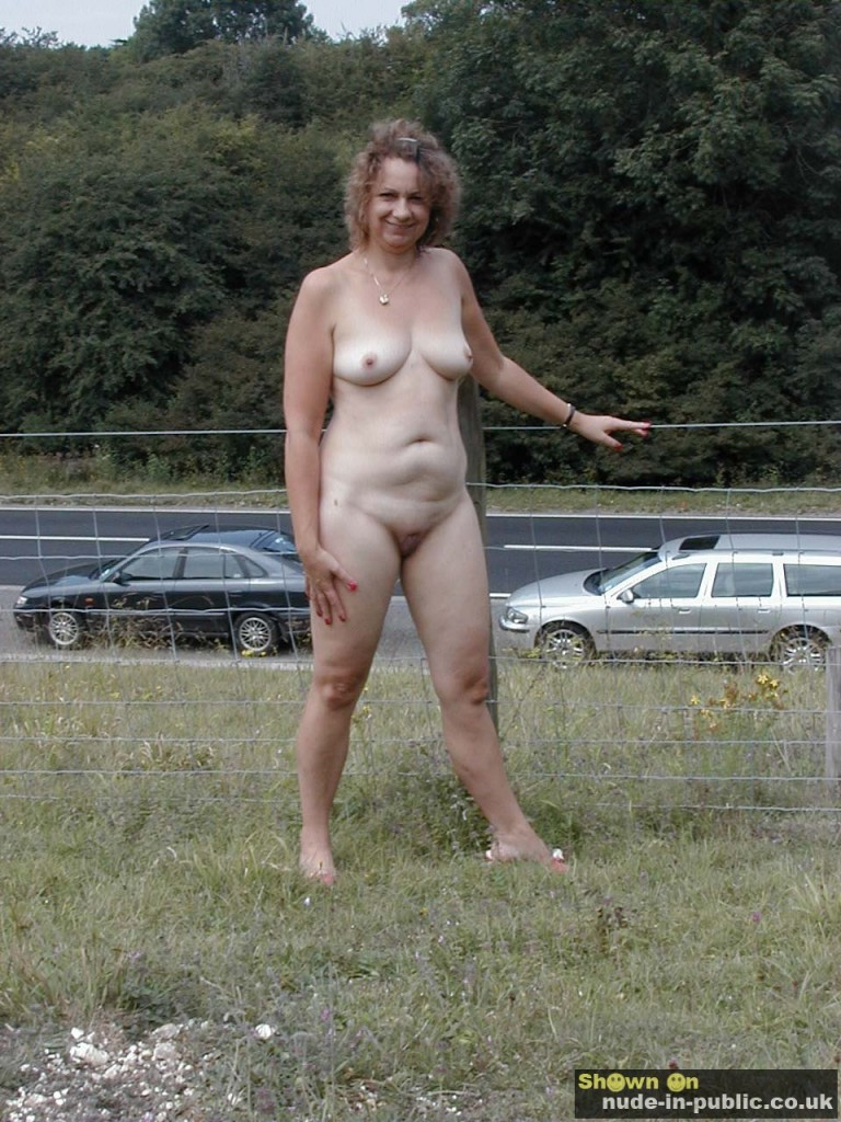 wives nude exhibitions