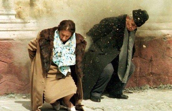 Resultado de imagen para caida ceausescu