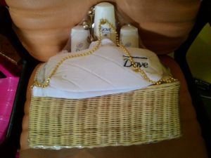 Hampers Dove : Hadiah Speak Beautiful