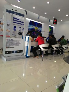 XL Center Purwokerto : Simple, Santay & Semriwing