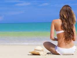 Come curare i capelli in estate