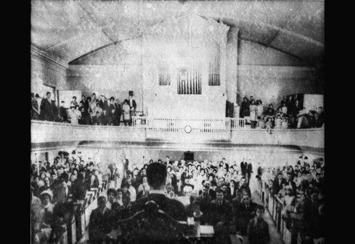 Sunday service in original sanctuary of First Spanish Presbyterian Church, Williamsburg, Booklyn