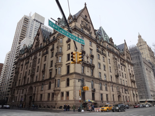 Toby Milstein & Larry Milstein Host Across the Park and Into the Past: An Evening at the Dakota