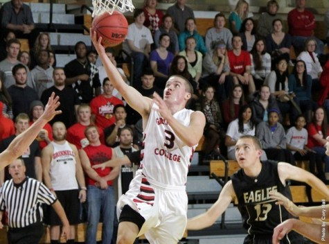 Grinnell College basketball player draws attention for record-setting performance