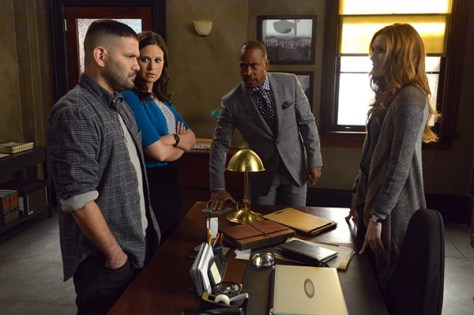 ARTS ISSUE: 'Scandal' cast, plot stretch boundaries of network TV