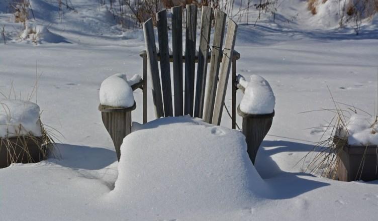 adirondack-chair-snow