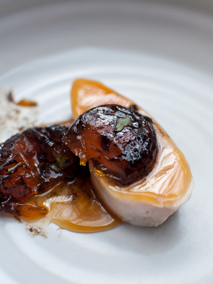 Meat hen and salted yolk