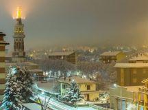 Una splendida fotografia di Tortona sotto la neve scattata da Sergio Rastelli
